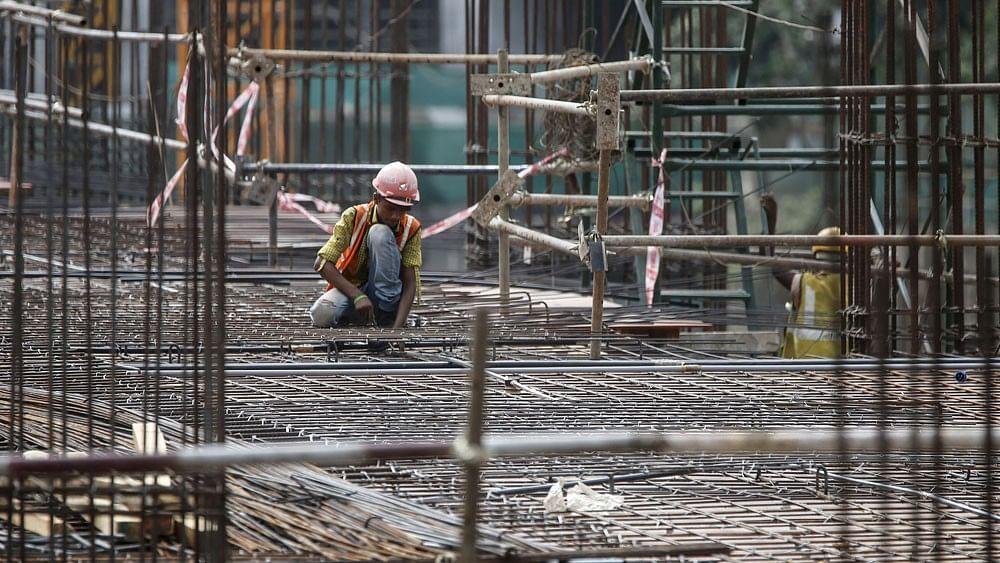 कोरोना का इकनॉमी पर बड़ा असर, -7.3% पर पहुंची देश की GDP