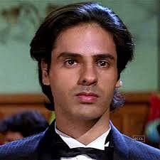 90 के दशक में बॉलीवुड में राहुल रॉय लवर बॉय के तौर पर जाने जाते थे.
