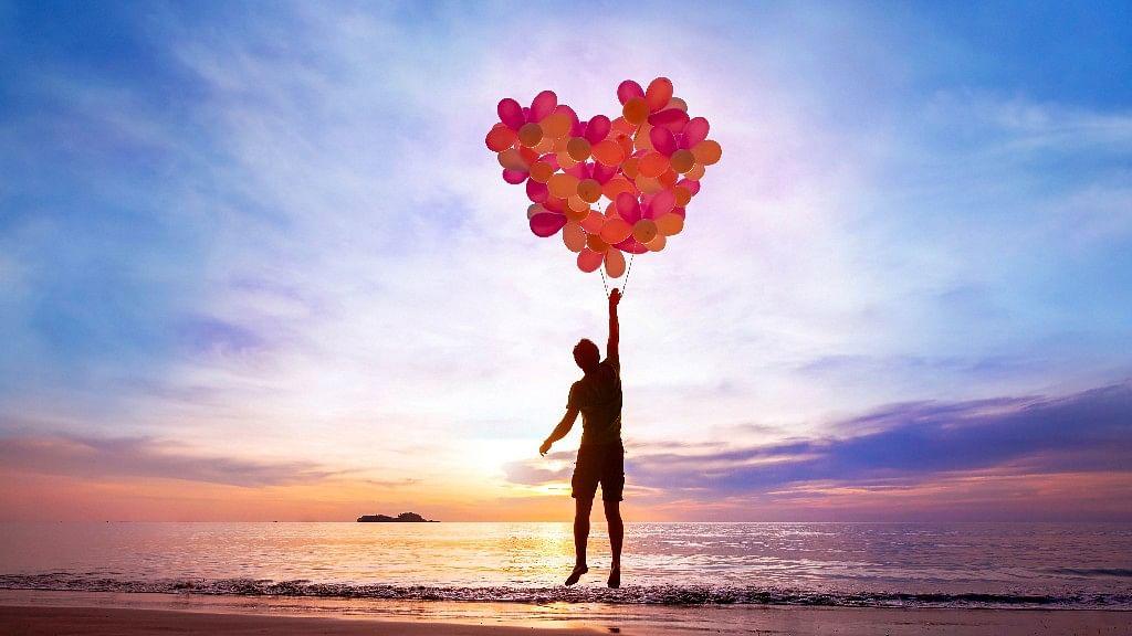तो क्या खुशी को एक तयशुदा परिभाषा में समेटा जा सकता है, जो सब पर लागू हो?
