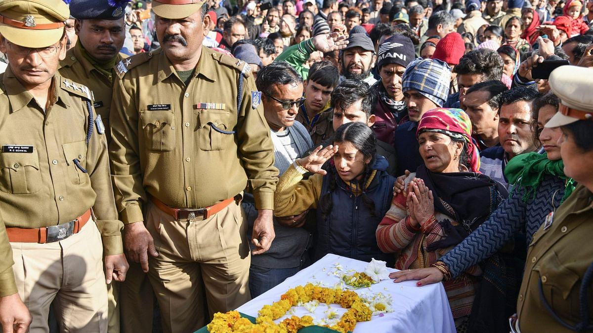 पुलवामा: प्रशासन ने कश्मीर में हुर्रियत नेताओं की सिक्योरिटी हटाई