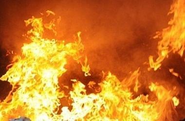 कोलकाता : स्टोर हाउस में आग लगी, कोई हताहत नहीं