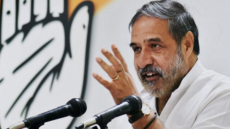 कांग्रेस के वरिष्ठ नेता आनंद शर्मा ने अधीर रंजन चौधरी के फैसले पर उठाए सवाल