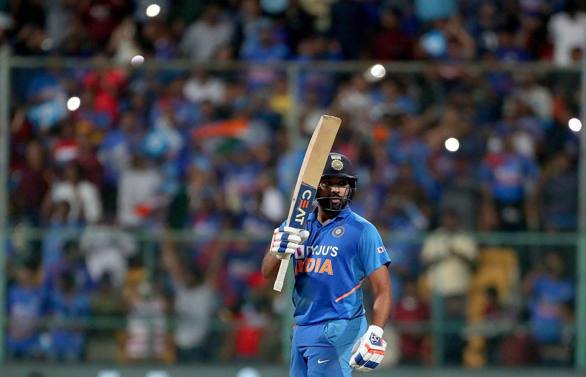 रोहित शर्मा 8वीं बार ऑस्ट्रेलिया के खिलाफ वनडे मैच में शतक जड़ा