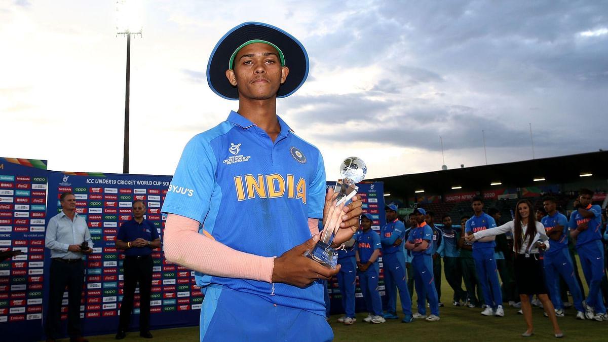 यशस्वी जायसवाल ने वर्ल्ड कप में 400 रन बनाए और 3 विकेट भी लिए