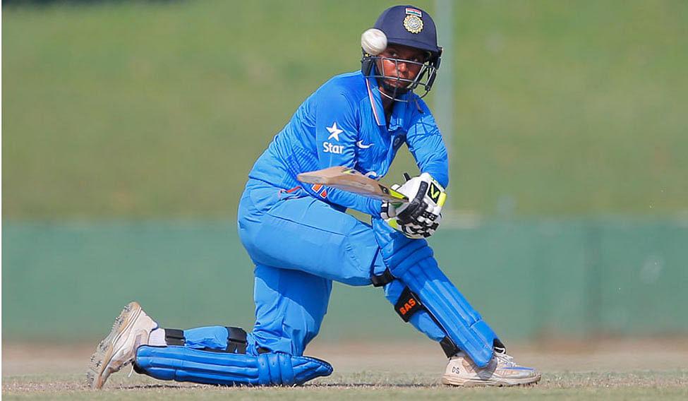 दीप्ति शर्मा के तौर पर भारत के पास लोअर ऑर्डर में एक अच्छी ऑलराउंडर है.