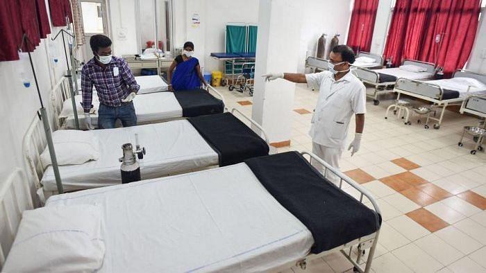 कोरोनावायरस पीड़ितों के लिए बेड कम, चिंता पैदा करते हैं आंकड़े