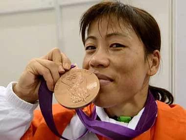 मैरी कॉम ने भारत के लिए महिला बॉक्सिंग में पहला ओलंपिक मेडल जीता