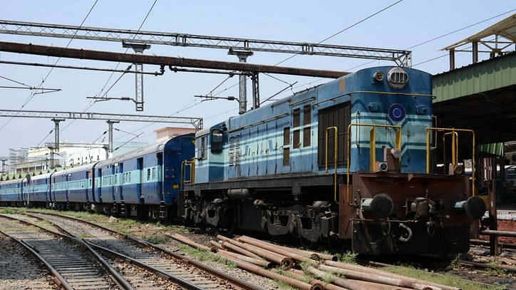Indian Railways Today Cancelled Trains List: भारतीय रेलवे ने आज कैंसिल ट्रेनों की लिस्ट जारी की है.