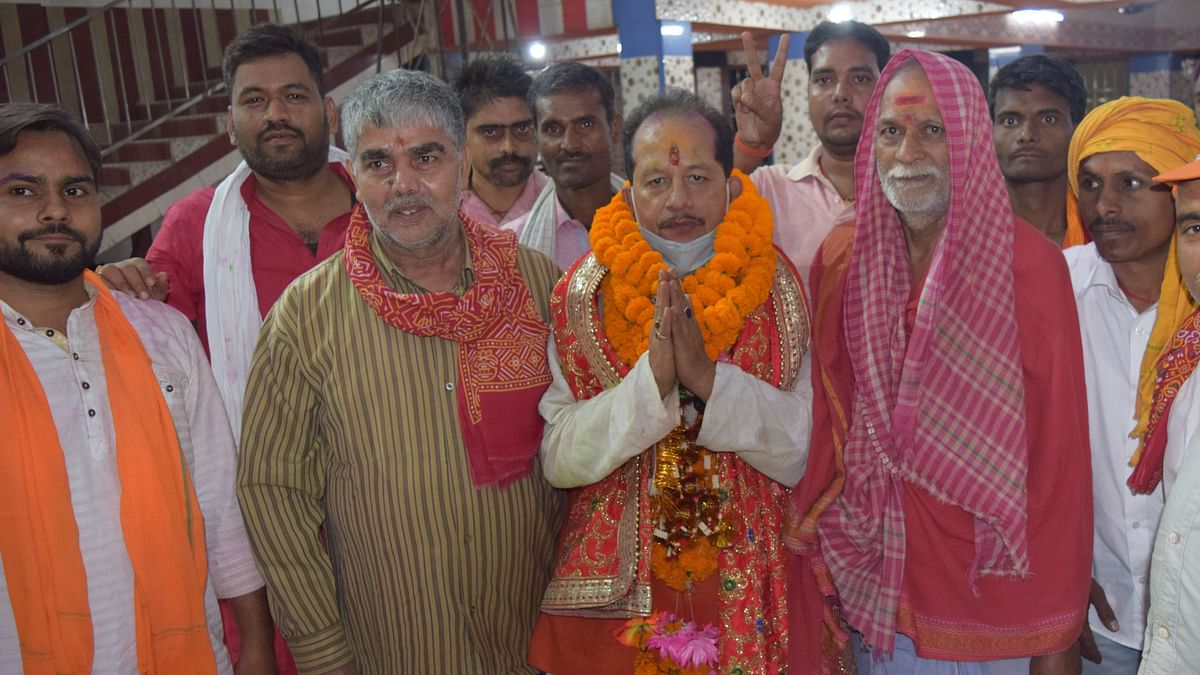 विधानसभा स्पीकर पर तकरार,BJP से विजय तो RJD से बिहारी मैदान में