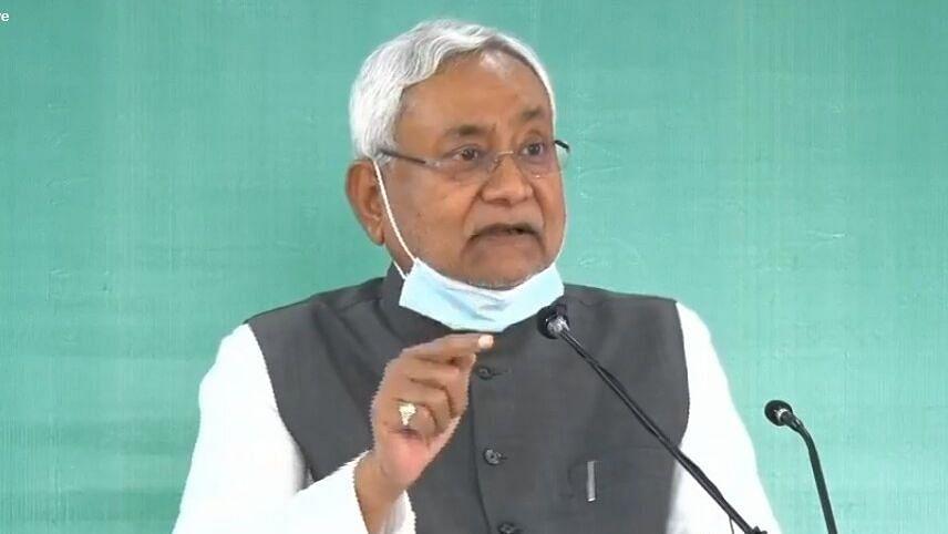 बिहार,CM नीतीश ने कहा विपक्ष को कोई जानकारी नहीं होती और वे कुछ भी बोलते हैं JDU में किसी तरह का कोई विवाद नहीं है