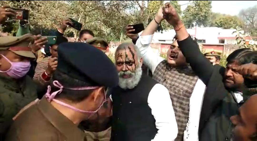 UP: AAP विधायक सोमनाथ को जेल, बोले-योगी जी हम लड़ेंगे