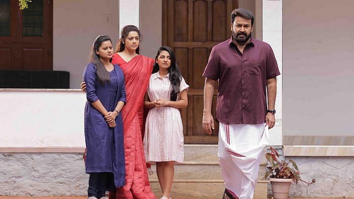 'दृश्यम 2' में मोहनलाल और मीना की एक्टिंग शानदार