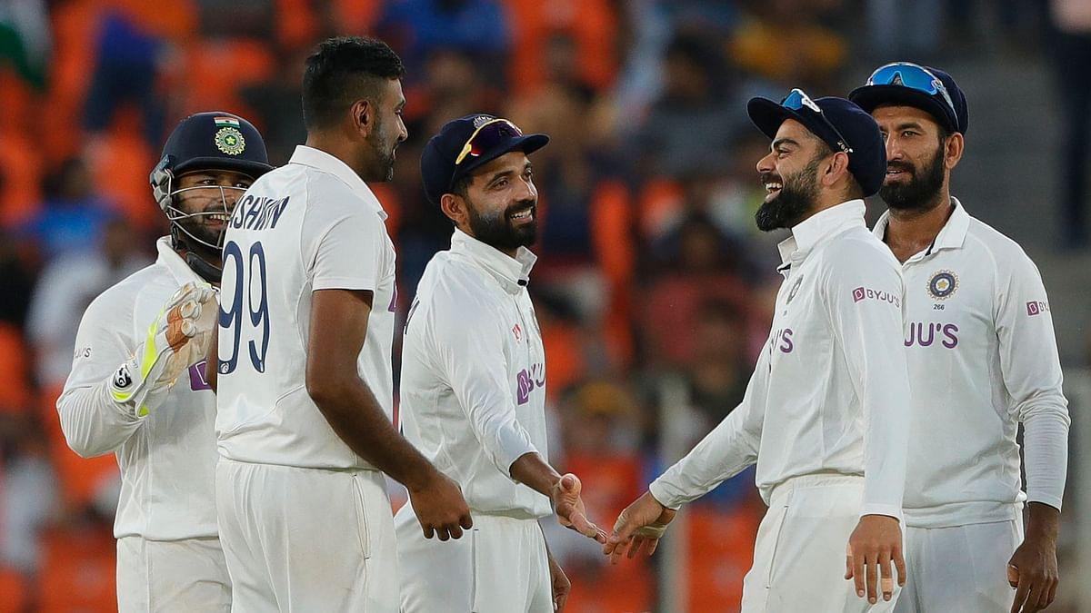 भारत-इंग्लैड के बीच खेली जारी टेस्ट सीरीज के तीसरे मैच की फोटो