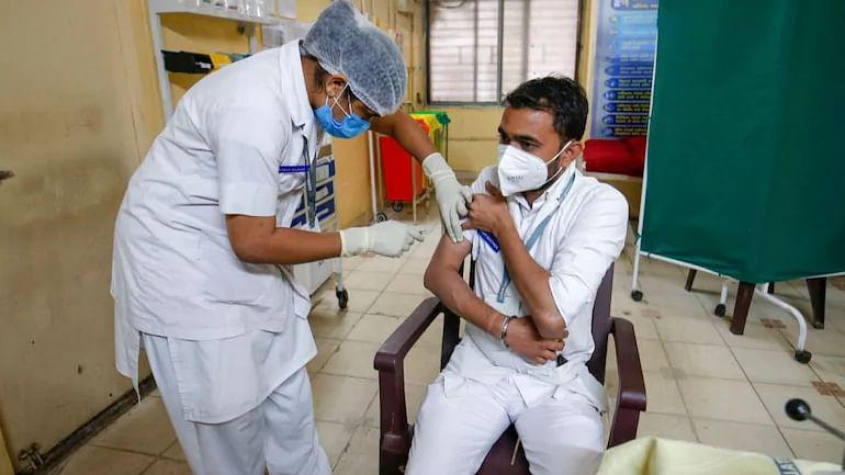 कोविड वैक्सीन की कीमत पर नियंत्रण,गांव में धीमा हो सकता है टीकाकरण