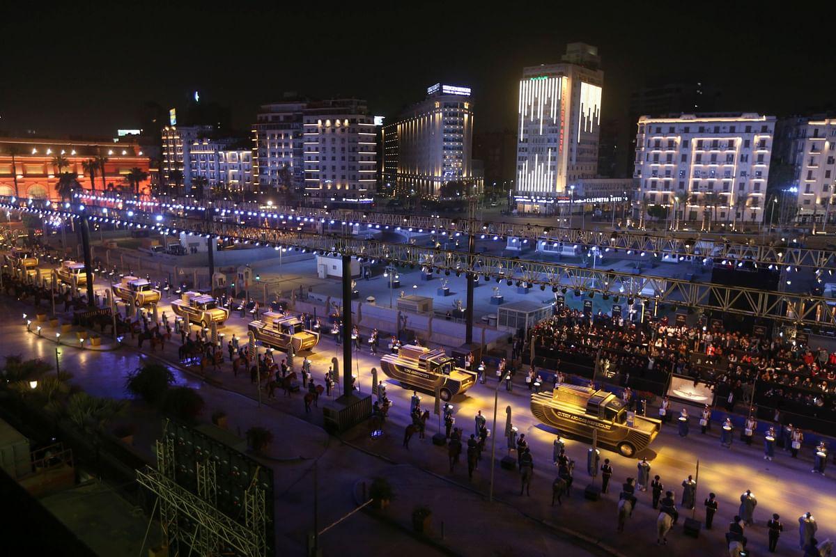 मिस्र गोल्डन एज की 'गोल्डन परेड', काहिरा की सड़कों पर निकले 'किंग'