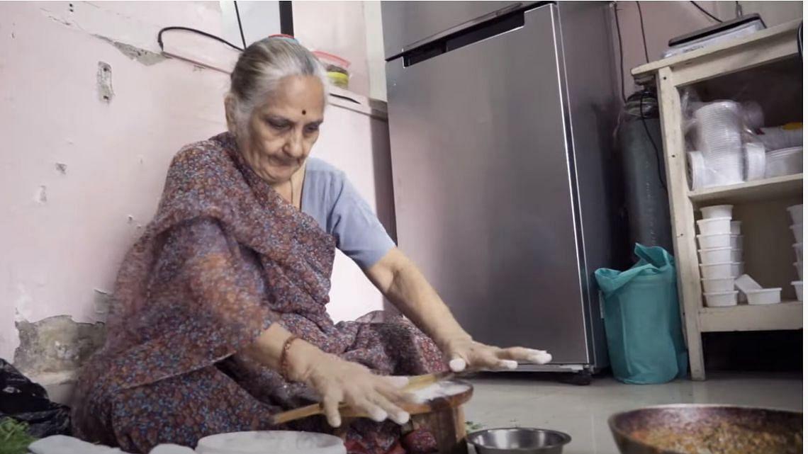 77 की उम्र में शुरुआत: देख दादी की हिम्मत, हार गई मुसीबत