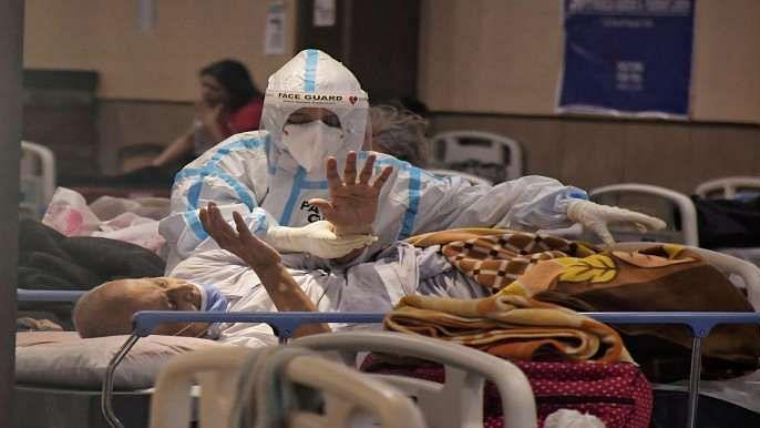 ऑक्सीजन कमी से बेहाल देश,दिल्ली के जयपुर गोल्डन अस्पताल में 20 मौत