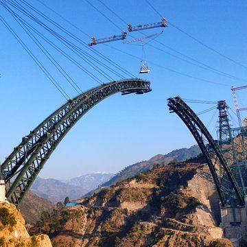 जम्मू-कश्मीर में दुनिया का सबसे ऊंचा रेलवे ब्रिज