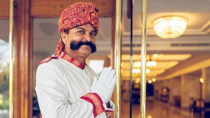 मुंबई एयरपोर्ट के नजदीक स्थित हयात रीजेंसी होटल बंद, सैलरी देने के पैसे नहीं