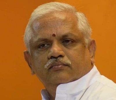UP BJP में कुछ बड़ा चल रहा है,मंत्रियों से अलग-अलग मिले बीएल संतोष