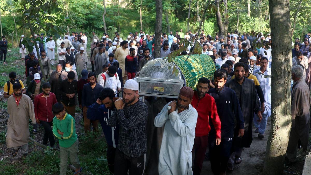 27 जून को पुलवामा में फैयाज अहमद और परिवार की हत्या