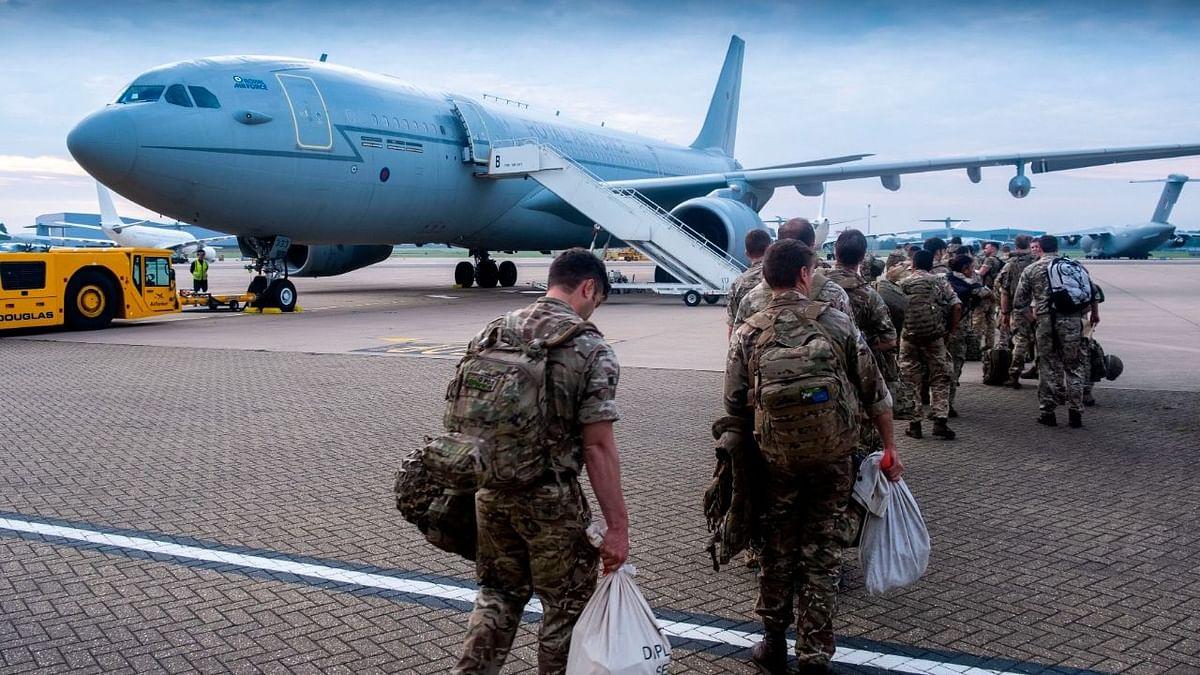 काबुल एयरपोर्ट का नियंत्रण लेगा US, सेना वापसी के बीच 1000 और सैनिक आएंगे