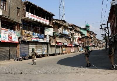 श्रीनगर के कुछ हिस्सों में 10 दिनों के कोरोना कर्फ्यू का ऐलान- पूरा ब्योरा