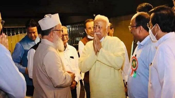 मौलाना कलीम सिद्दीकी कौन? भागवत से की थी मुलाकात,अब धर्मांतरण केस में गिरफ्तार