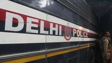 """<div class=""""paragraphs""""><p>दिल्ली में आतंकी हमले की साजिश?</p></div>"""