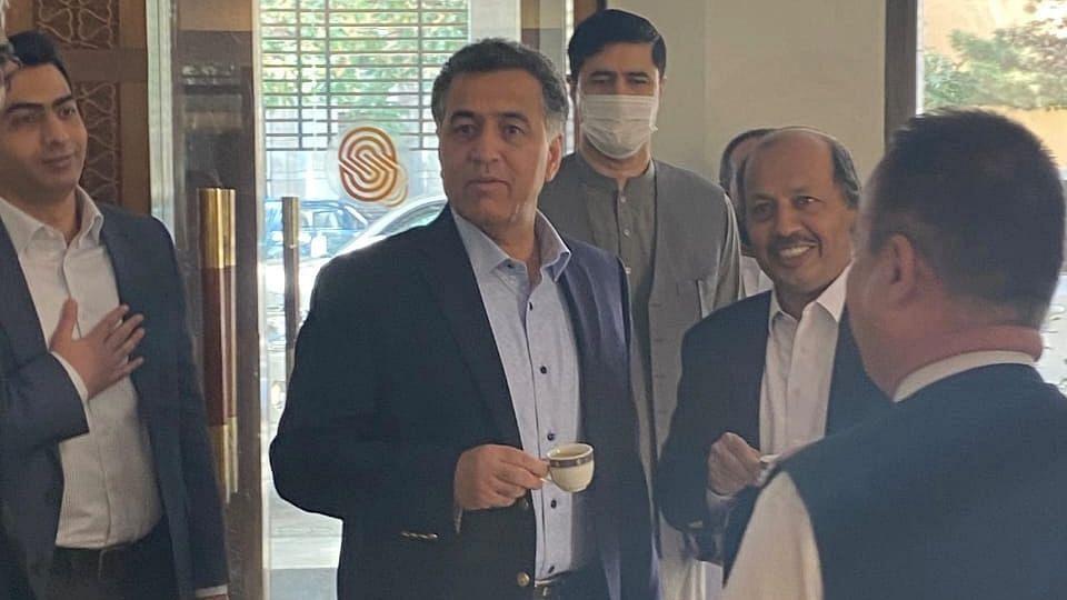 """<div class=""""paragraphs""""><p>पाकिस्तान इंटेलिजेंस चीफ फैज हमीद काबुल में</p></div>"""