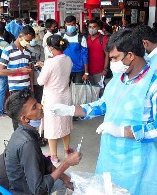 भारत में कोरोना से साढ़े 4 लाख की मौत, रिकवरी दर 2020 के बाद से सबसे ज्यादा