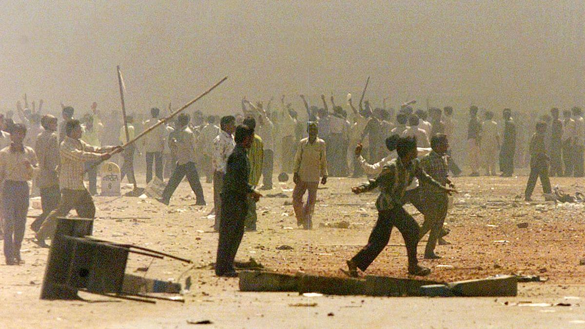 File photo 2002 Gujarat riots. Photo used for representational purpose. (Photo: Reuters)