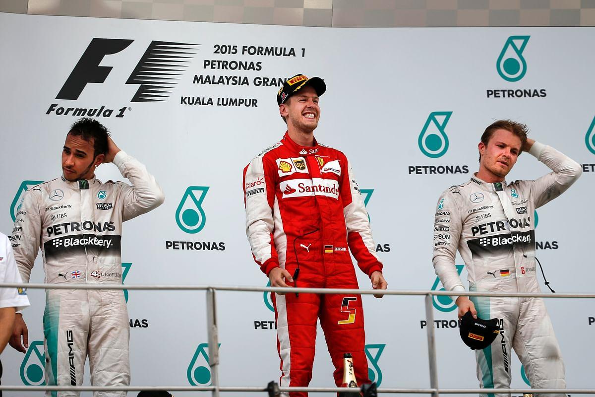 QPlay: Clarke's Australia, Shuttlers Saina & Srikanth and F1's Vettel Make it aWinning Sunday