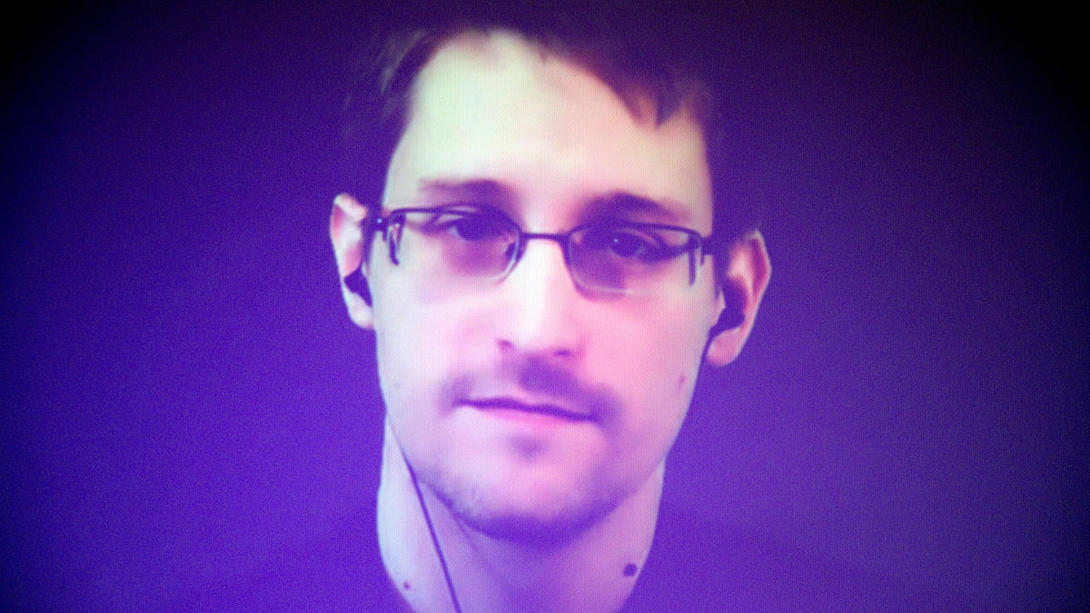 Traffic to Wiki Terrorism Entries Fell After Snowden's Revelations