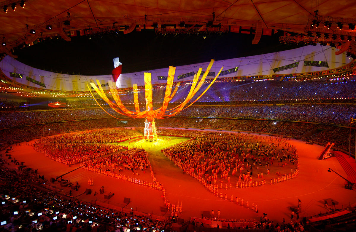 Fireworks explode during the closing ceremony of the Beijing 2008 Olympic Games at the National Stadium August 24, 2008. (Photo: Reuters)<!--EndFragment-->