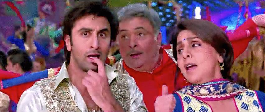 "Ranbir Kapoor, Rishi Kapoor &amp; Neetu Kapoor in <i>Besharam </i>(Photo: <a href=""https://www.youtube.com/watch?v=Lpukv-j4NhA"">Reliance Entertainment</a>)"