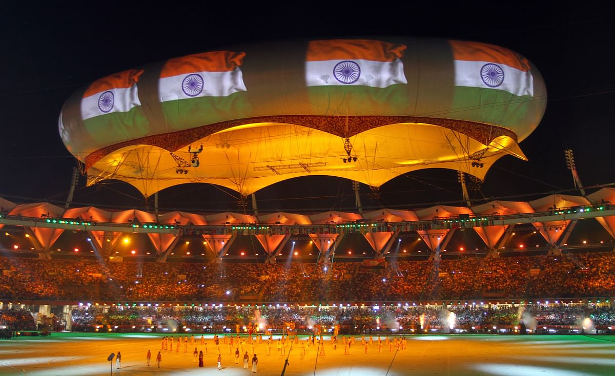 The Indian national flag is projected onto a balloon during the Commonwealth Games closing ceremony at the Jawaharlal Nehru stadium in New Delhi October 14, 2010. (Photo: Reuters)<!--EndFragment-->