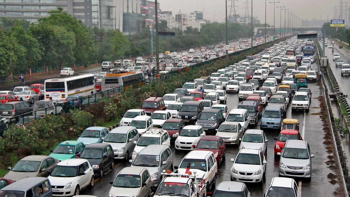 Two Wheeler, Commercial Vehicle Sales Worst Hit After Note Ban