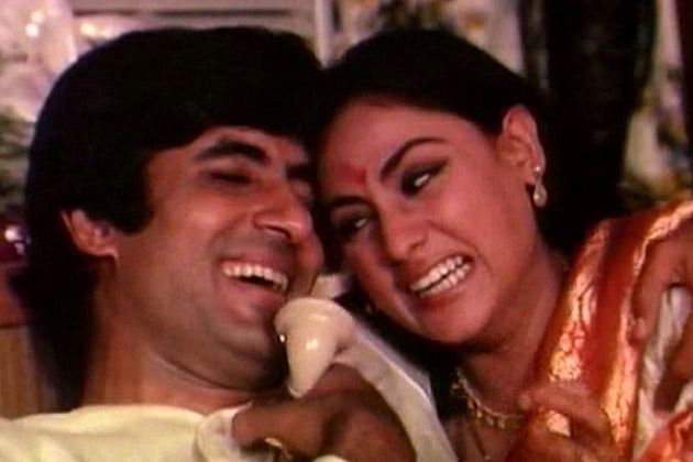 Amitabh Bachchan and Jaya Bhaduri Bachchan in a still from <i>Abhimaan</i> (1973)