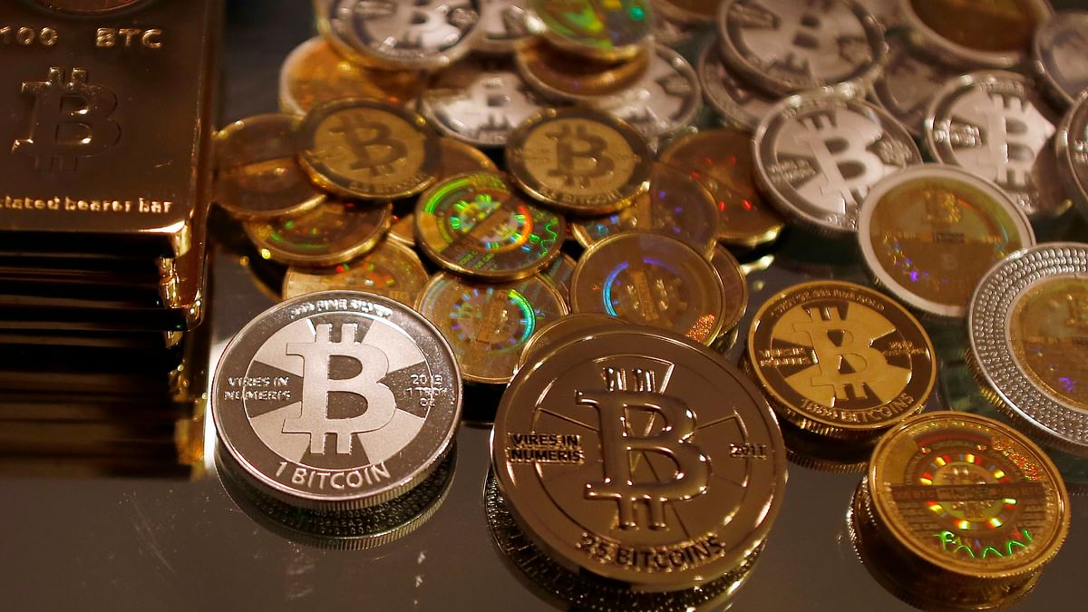 There are many cryptocurrencies besides Bitcoin available online.