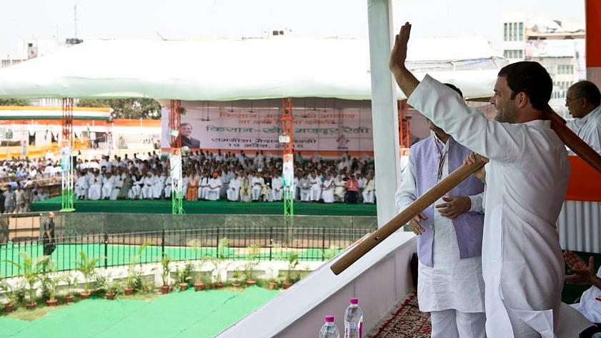 Rahul, Sonia & Manmohan Singh Attack GovtLand Bill at Kisan Rally