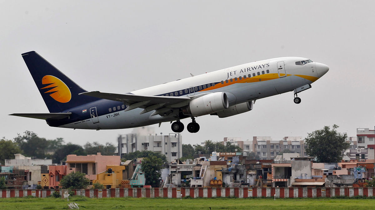 et Airways passenger aircraft takes off from the airport.