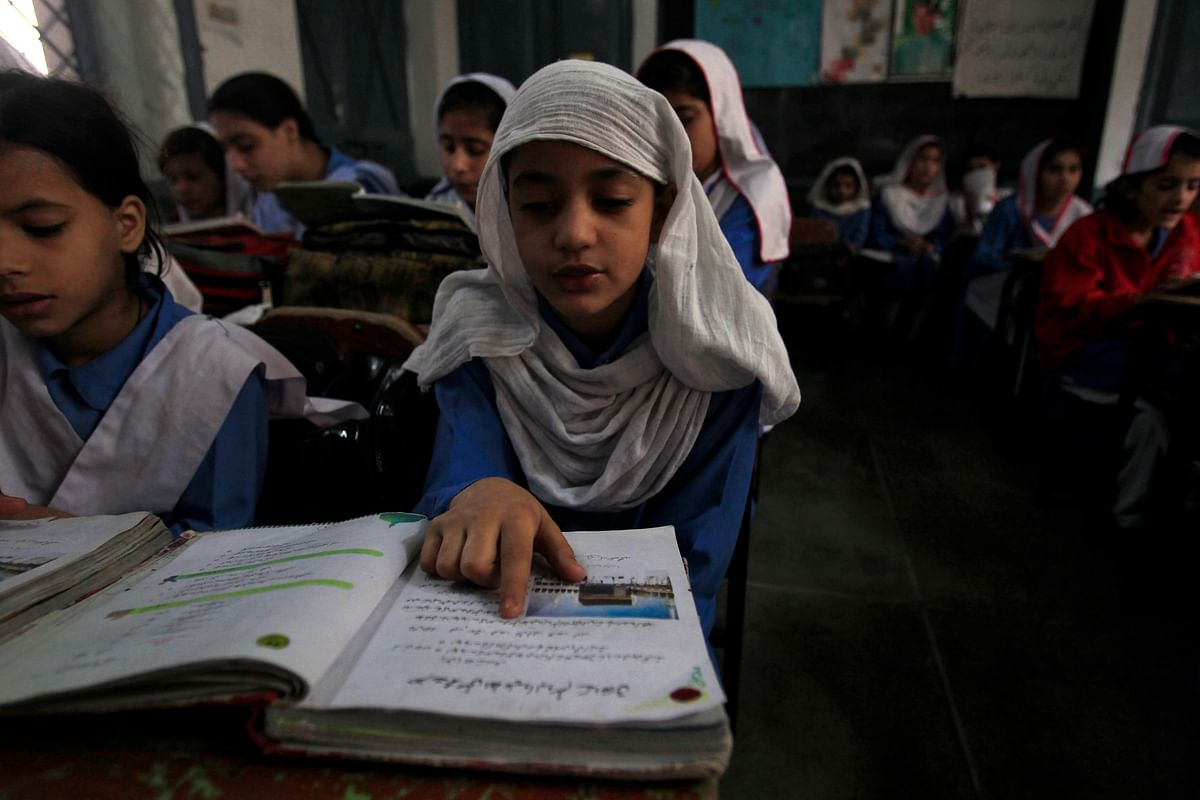 Girls ar a government school in Peshawar. (Photo: Reuters)