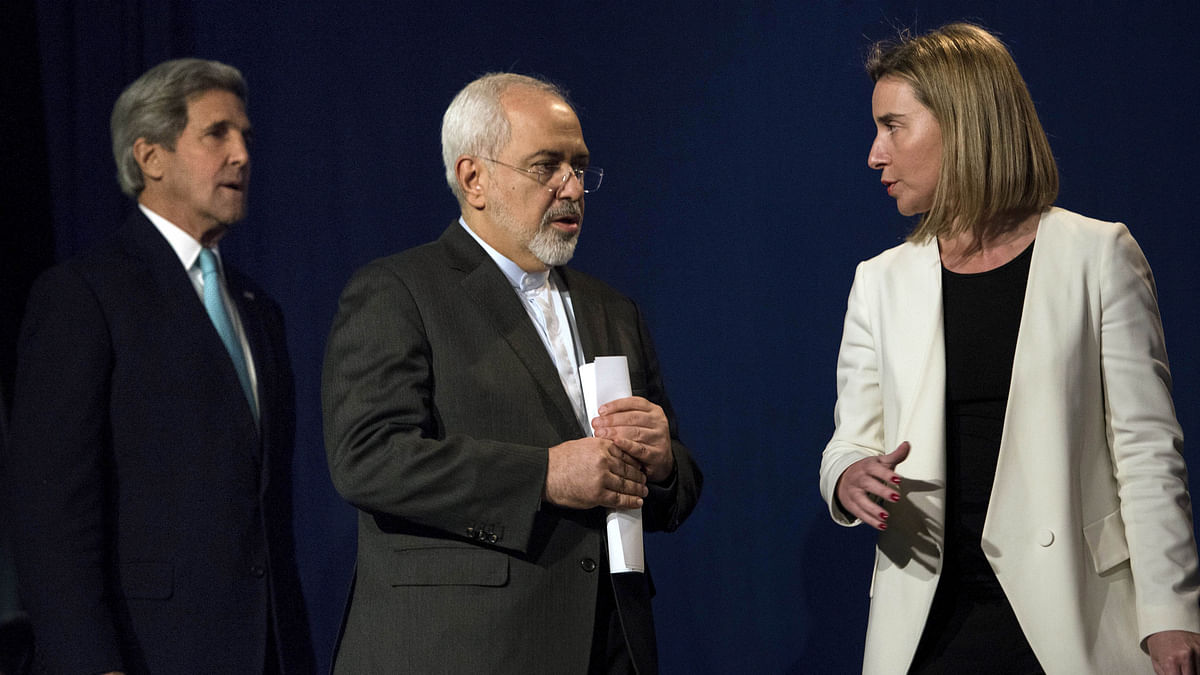<!--EndFragment-->US Secretary of State John Kerry (L), Iranian Foreign Minister Javad Zarif (C) and European Union High Representative for Foreign Affairs and Security Policy Federica Mogherini (R)&nbsp;arrive to deliver a statement at the Swiss Federal Institute of Technology in Lausanne. (Photo: Reuters)