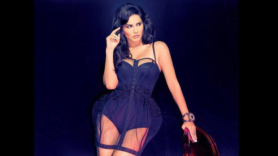 Sunny Leone's condom ad is not finding favour with the Gujarat traders' body.