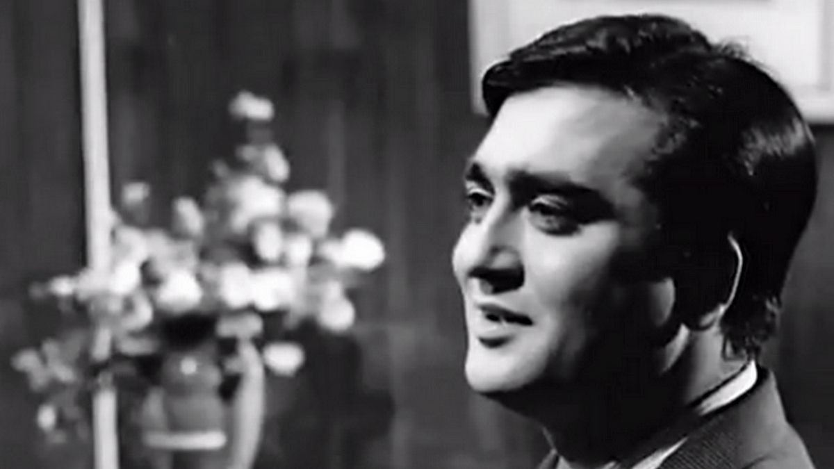 Sunil Dutt's kind eyes and endearing smile had a huge fan following.