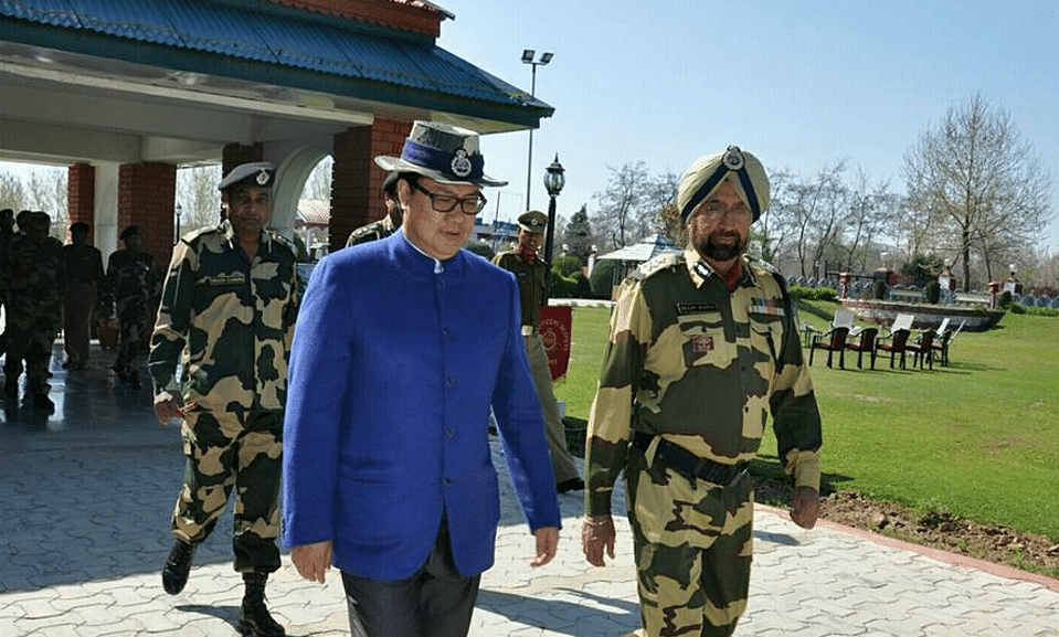 """MoS Home, Kiren Rijiju (L) at the BSF Frontier HQ (Photo Courtesy:<a href=""""https://www.facebook.com/krijiju?fref=ts"""">Facebook.com/Kiren Rijiju</a>)"""