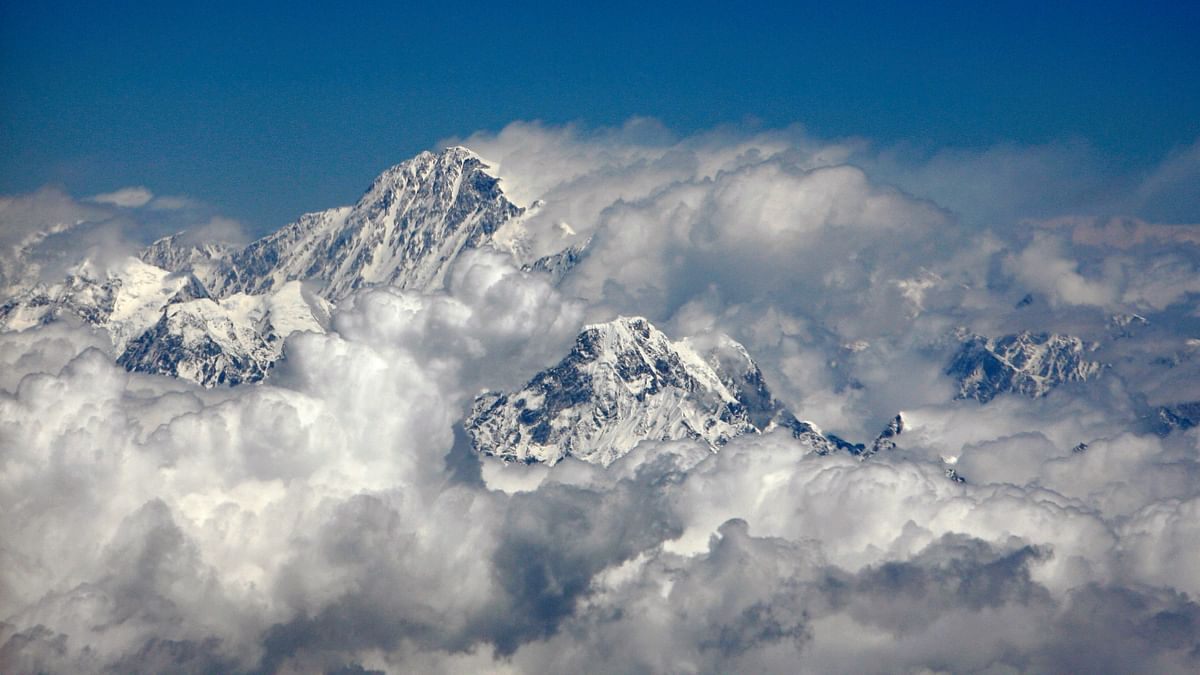 2 Indian Mountaineers, Including an Army Solider, Die in Nepal