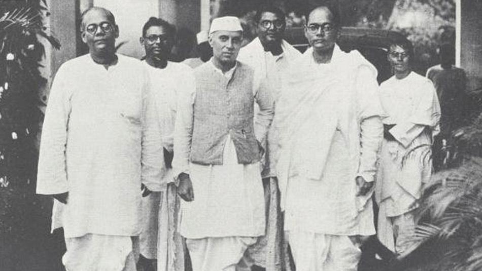 Jawaharlal Nehru with Sarat Chandra Bose and Subhash Chandra Bose. (Photo: Nehru Memorial Museum & Library)