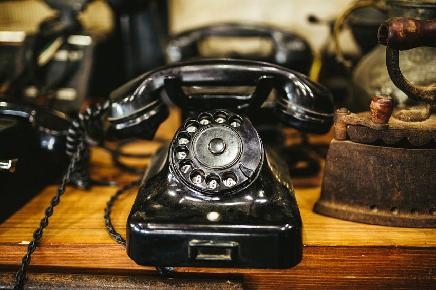A vintage telephone. (Photo: iStockphoto)